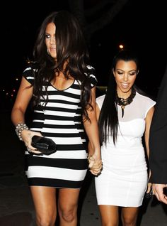 not a big fan of the kardashians - though khloe and kourtney are at least a smidge tolerable - but, I have to say, I love Khloe's dress.