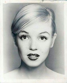fuckyesoldhollywood:  Marilyn Monroe