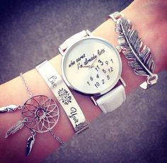 Imagem via We Heart It https://weheartit.com/entry/154785526 #beautiful #cute #fancy #jewelery #luxurious #thing #wrist #montre