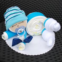 Cute diaper baby in blue - 12 diapers from the brand Pampers Premium Protection New . - Cute diaper baby in blue – 12 diapers of the brand Pampers Premium Protection New Baby (size 3 - Baby Shower Diapers, Baby Shower Games, Baby Boy Shower, Baby Socks, Baby Hats, Fiesta Baby Shower, Baby Accessoires, Nappy Cakes, Baby Kind