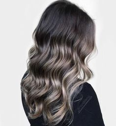 60 Shades of Grey: Silver and White Highlights for Eternal Youth Brunette Hair With Subtle Ash Bronde Balayage Dark Ombre Hair, Grey Brown Hair, Brown Blonde Hair, Brunette Hair, Dark Hair, Blonde Roots, White Blonde, Red Hair, Dark Brown