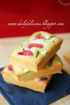 Almond Financier with strawberries