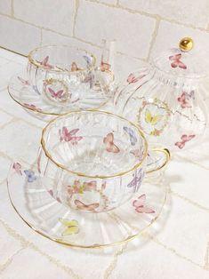 Vintage Tea, Happy Facts, Keramik Design, Cute Mugs, Aesthetic Rooms, Decoration, Tea Party, Tea Cups, Room Decor