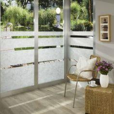 Uitleg van de soorten raamfolie en tips voor het ophangen ervan