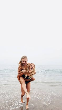 Best Friend Goals, My Best Friend, Best Friends, Bff Pictures, Beach Pictures, Beach Pics, Summer Pictures, Gal Pal, Friend Photography