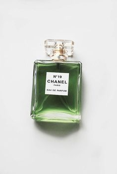 Chanel No. 19 perfume was first marketed in The number 19 was chosen to commemorate Coco Chanel's birthday, 19 August. The perfume was launched a year before she died. The scent was created by. Parfum Chanel, Plakat Design, Slytherin Aesthetic, Aesthetic Colors, Aesthetic Green, Makeup Aesthetic, Aesthetic Vintage, Pansies, Shades Of Green
