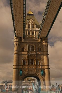 London, England  http://www.travelandtransitions.com/destinations/destination-advice/europe/