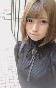 夏目みさき Cute Asian Girls, Cute Girls, Cute Kawaii Girl, Kawaii Hairstyles, Cute Japanese, Pretty Woman, Korean Girl, Asian Beauty, Poses