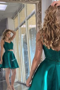 two pieces short homecoming dresses dark green formal short dresses cheap a line hoco dresses 2019 Dark Green Homecoming Dress, 2 Piece Homecoming Dresses, Hoco Dresses, Homecoming Week, Homecoming Ideas, Pretty Dresses, Green Formal Dresses, Green Dress, Corsage