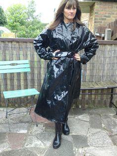 """Look at them! Vinyl Raincoat, Pvc Raincoat, Plastic Raincoat, Black Raincoat, Langer Mantel, Rain Wear, Unisex, Preppy Style, Older Women"