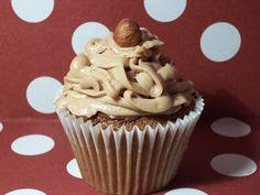 Faking Fancy Cupcakes: Chocolate Hazelnut Cupcake
