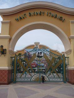 Walt Disney World. Tower Of Terror, Space Mountain, Indiana Jones, Eurotrip, Disneyland Paris, Walt Disney World, Family Travel, The Incredibles, Eat