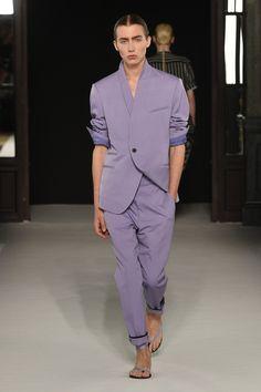 Anti Fashion, Fashion 2020, High Fashion, Mens Fashion, Haider Ackermann, Mens Crop Top, Androgynous Fashion, Androgyny, Masculine Style