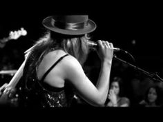 ZZ Ward | 365 Days (Live at the Troubadour)