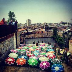 #city #girona #umbrella #flower #fakeflowers #umbrelaflowers #tempsdeflors - @martins1989- #webstagram