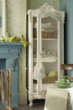 Brabourne Farm: Love .... Armoires https://uk.pinterest.com/furniturerattan/rattan-sun-loungers/