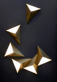 Art Deco Wall Light with Triangular Design Casts Diffused Light on Dark Wall – Renovation Plywood Furniture, Deco Furniture, Chandeliers, Art Deco Wall Lights, Wall Art, Home Interior, Interior Design, Wall Mounted Light, Geometric Decor