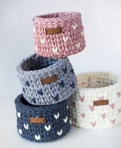 Crochet basket 363032419953161540 - Pletený náramek Source by Crochet Storage, Crochet Diy, Crochet Amigurumi, Crochet Home Decor, Crochet Crafts, Crochet Projects, Fabric Storage, Amigurumi Toys, Crochet Bags
