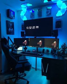 Every year, thousands of gamers head down to a local custom gaming PC shop to see the latest and greatest in gaming technology. Best Gaming Setup, Gamer Setup, Gaming Room Setup, Computer Gaming Room, Gaming Rooms, Game Room Kids, Home Office Setup, Office Workspace, Gaming Station