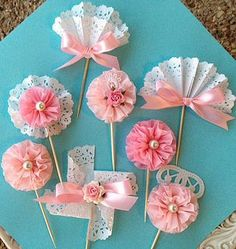 Birthday Decoration Cupcake Topper Sampler Set of 8 for birthday Party or Mothers Day - Geburtstag Doilies Crafts, Paper Doilies, Paper Lace, Paper Flowers, Crepe Paper, Pink Cupcakes, Birthday Cupcakes, Birthday Parties, Tea Parties