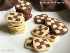 Eggless Checkerboard Cookies recipe - Vanilla and chocolate flavored checkerboard cookies with melt-in-your-mouth texture. Eggless Bread Recipe, Vanilla Cookie Recipe, Eggless Recipes, Eggless Baking, Cookie Recipes, Dessert Recipes, Eggless Biscuits, Dessert Ideas, Eggless Desserts