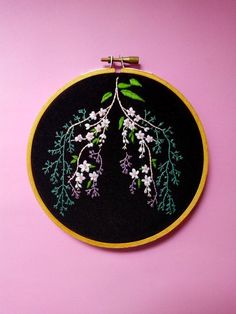 As soon as I saw this picture in Florence Welch's new book Useless Magic I couldn't wait to start working on it Handmade embroidery hoop art, ready to hang and displayed in a 13 cm. Simple Embroidery, Embroidery Hoop Art, Hand Embroidery Patterns, Floral Embroidery, Cross Stitch Embroidery, Machine Embroidery, Machine Applique, Bordado Popular, Needlework