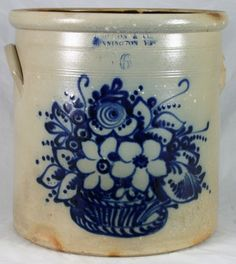 American Pottery Auction, Bruce and Vicki Waasdorp, featuring Decorated Stoneware Antique Crocks, Old Crocks, Antique Stoneware, Stoneware Crocks, Antique Pottery, Earthenware, Glazes For Pottery, Ceramic Pottery, Pottery Art