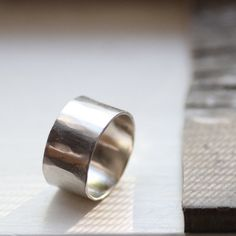 Unique Hammered White Gold Wedding Band - 12mm - Unique Wedding Rings