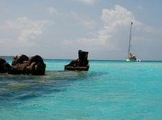 Wreck at Dog Island, San Blas, Panama