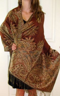 SHAWLS AND WRAPS ON CLEARANCE SALE COUPON CODE YES10 GIVES YOU AN ADDED DISCOUNT AND A FREE GIFT WITH AMAZING SERVICE.