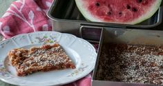 Watermelon pie by Greek chef Akis Petretzikis. This is a super quick and easy, wonderfully delicious, traditional Greek recipe made in the Cyclades islands! Greek Sweets, Greek Desserts, Greek Recipes, Raw Food Recipes, Fun Desserts, Watermelon Pie, Dairy Free Diet, Chocolate Sweets, Processed Sugar