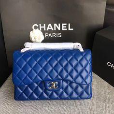 Chanel classic flap bag jumbo original leather version 275