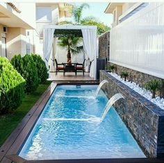 Stock Tank Swimming Pool Ideas, Get Swimming pool designs featuring new swimming pool ideas like glass wall swimming pools, infinity swimming pools, indoor pools and Mid Century Modern Pools. Find and save ideas about Swimming pool designs. Small Backyard Design, Small Backyard Pools, Backyard Pool Designs, Backyard Patio, Backyard Landscaping, Small Patio, Landscaping Ideas, Patio Design, Backyard Privacy