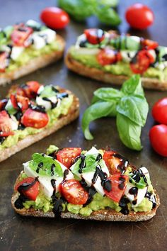 Avocado toast with fresh mozzarella, tomatoes, basil, and balsamic glaze! This simple avocado toast is great as a snack or meal! Breakfast And Brunch, Breakfast Recipes, Brunch Recipes, Avocado Breakfast, Mexican Breakfast, Breakfast Sandwiches, Breakfast Pizza, Breakfast Bowls, Dinner Recipes