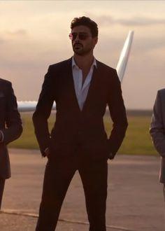 Hot Men, Hottest Guy Ever, 365days, Just Beautiful Men, Daddy Aesthetic, Look Girl, Italian Men, Herren Outfit, Fine Men