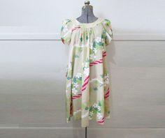 Hawaiian Muumuu Dress Hilo Hatties Vintage by GoodNPlentyVinty, $30.00
