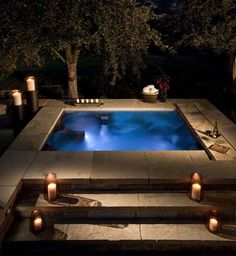 hot tub/pool