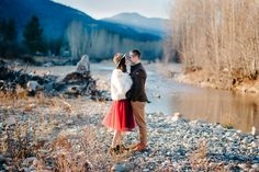 Mountain winter portraits in the Methow Valley by ©RyanFlynnPhoto. www.ryanflynnphotography.net