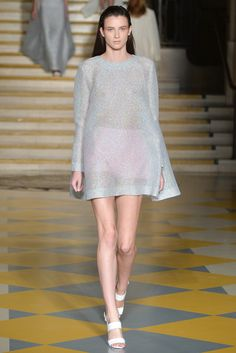 Emilia Wickstead Spring 2015 Ready-to-Wear Fashion Show
