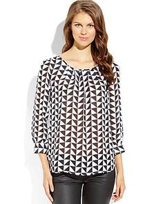 SPENSE Black & White Geometric Print Blouse