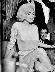Marilyn Monroe The Continental Hilton Hotel Mexico City 1962 ( Peter Sneyder Photo Archive ) Marilyn Monroe 1962, Marilyn Monroe Photos, Greta, Angelina Jolie, Norma Jeane, Brigitte Bardot, Rare Photos, Mexico City, Old Hollywood