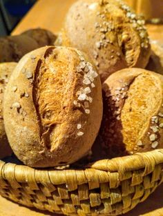 Ciabatta, Quick Bread, Bread Baking, Pavlova, Bread Recipes, Muffins, Bakery, Food And Drink, Cooking