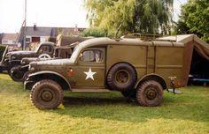 Dodge WC 54 Signal Corps :Maquetland.com:: Le monde de la maquette