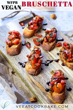Classic Tomato Bruschetta (vegan) - This vegan oil free wfpb recipe is made super quick and everyone will love it. Learn how to make homemade oil free fresh tomato basil bruschetta on crostinis and packed with flavor. It makes a great party fingerfood #veganbruschetta #bruschetta #oilfreefingerfood #oilfreefingerfood #wfpbrecipe #crostini