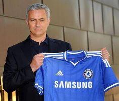 """setelah lama menjadi bahan pembicaraan, akhirnya secara resmi Jose Mourinho menjadi pelatih chelsea """"lagi"""" . Wellcome Home Mou"""""""