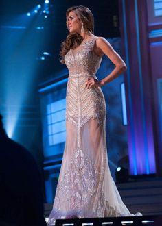 Miss Argentina- Valentine Ferrer