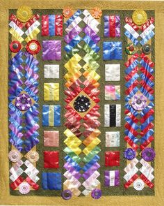 How to Make a Quilt from Old award ribbons: Inspiration & More