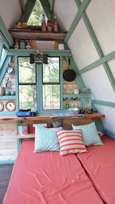 Tiny House — interior-design-home: Tiny cabin in Montana that. Tiny Cabins, Tiny House Cabin, Tiny House Living, Tiny House Design, Tiny Houses, Guest Houses, Tiny Cabin Plans, Tiny Guest House, Modern Cabins