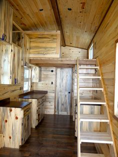 La Pine Tiny Home - Tiny House for Sale in La Pine, Oregon - Tiny House Listings Tiny House Layout, Shed To Tiny House, Tiny House Cabin, Tiny House Design, House Layouts, Small House Plans, Kim House, Small Cottage Homes, Small Homes