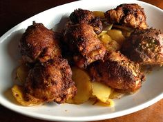 SMOKED PAPRIKA CHICKEN THIGHS WITH POTATO AND ONION (from Alton Brown's Best Thing I ever Made) Paprika Chicken Thighs, Smoked Paprika Chicken, Roasted Chicken Thighs, How To Cook Chicken, Tandoori Chicken, Chicken Recipes, Potato Recipes, Food Network Recipes